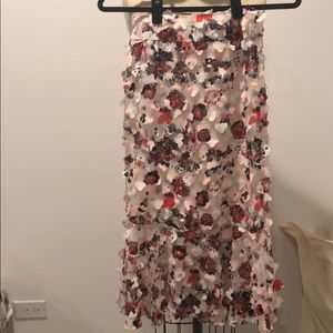 Beautiful appliqué skirt from chicwish in size S